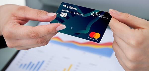 Thẻ tín dụng là gì?
